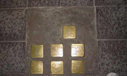 Pietre d'inciampo Un omaggio ai dieci ebrei reggiani uccisi ad Auschwitz