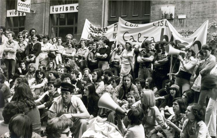 L'ultima battaglia della fabbrica delle donne: Calza Bloch 1976-1978